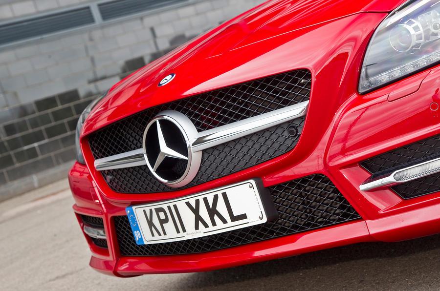 Mercedes-Benz SLK front grille