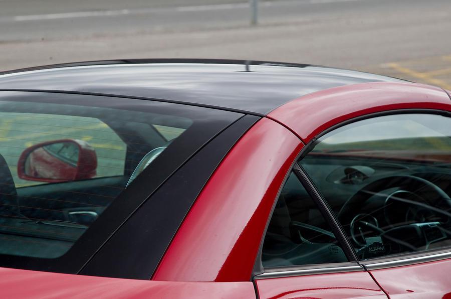 Mercedes-Benz SLK panoramic sunroof