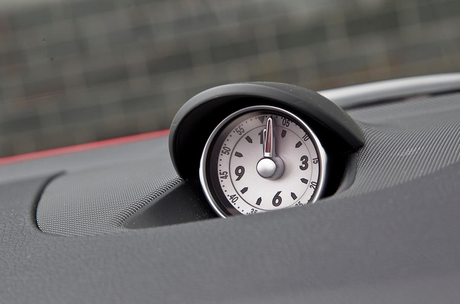Mercedes-Benz SLK analogue clock