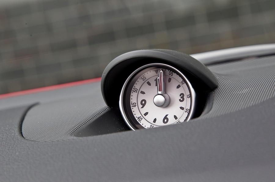 Mercedes-Benz SLK analogue clock