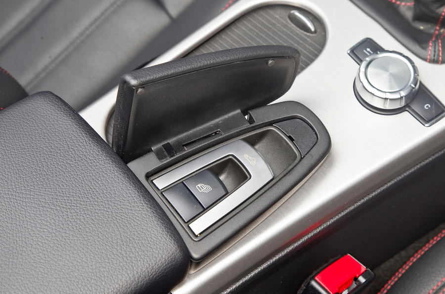 Mercedes-Benz SLK roof control button