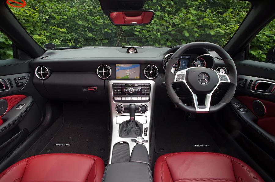 Mercedes-AMG SLK 55 dashboard