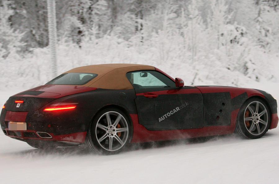 Merc SLS Roadster - new pics