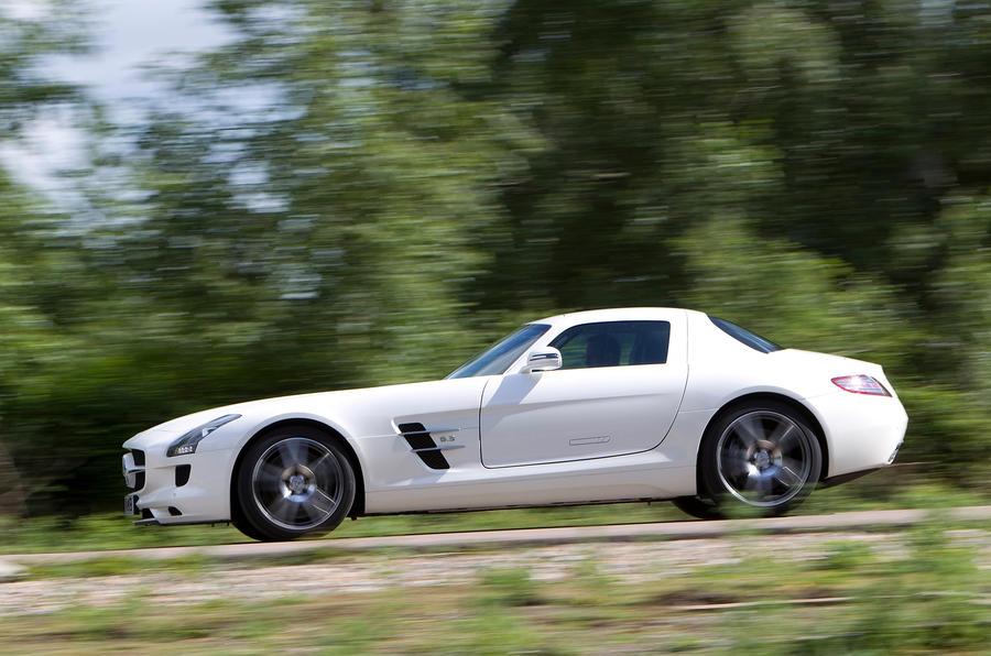 Mercedes-AMG SLS side profile