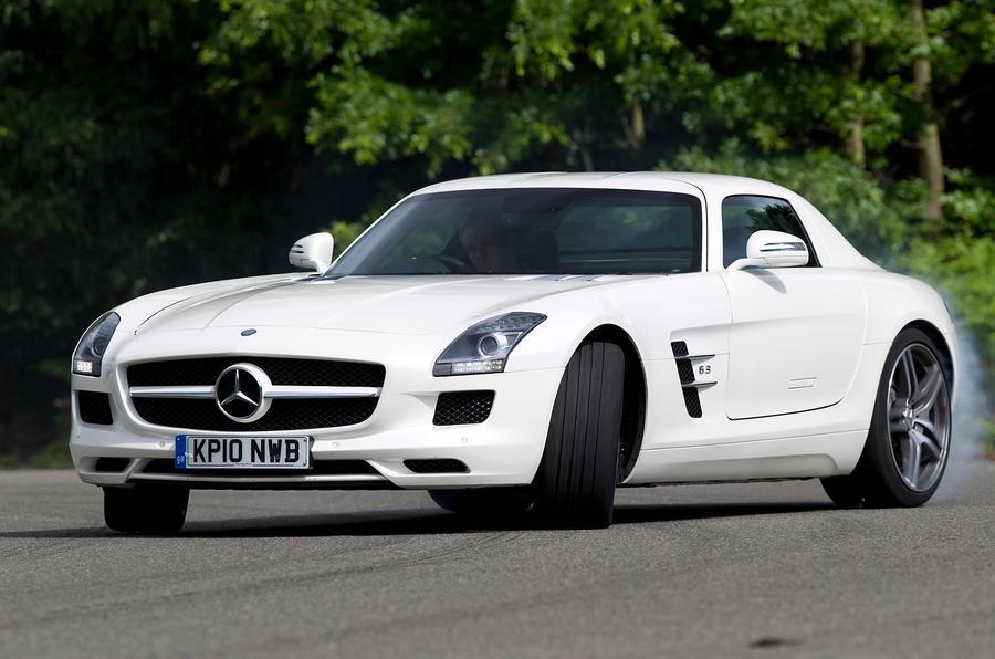 Mercedes-AMG SLS cornering