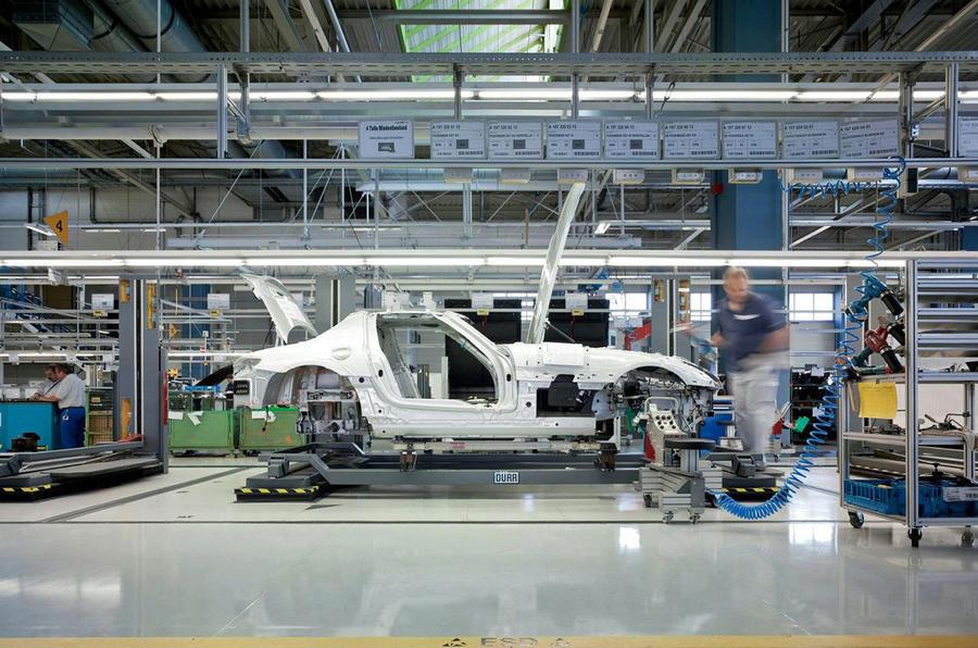 Mercedes SLS production begins