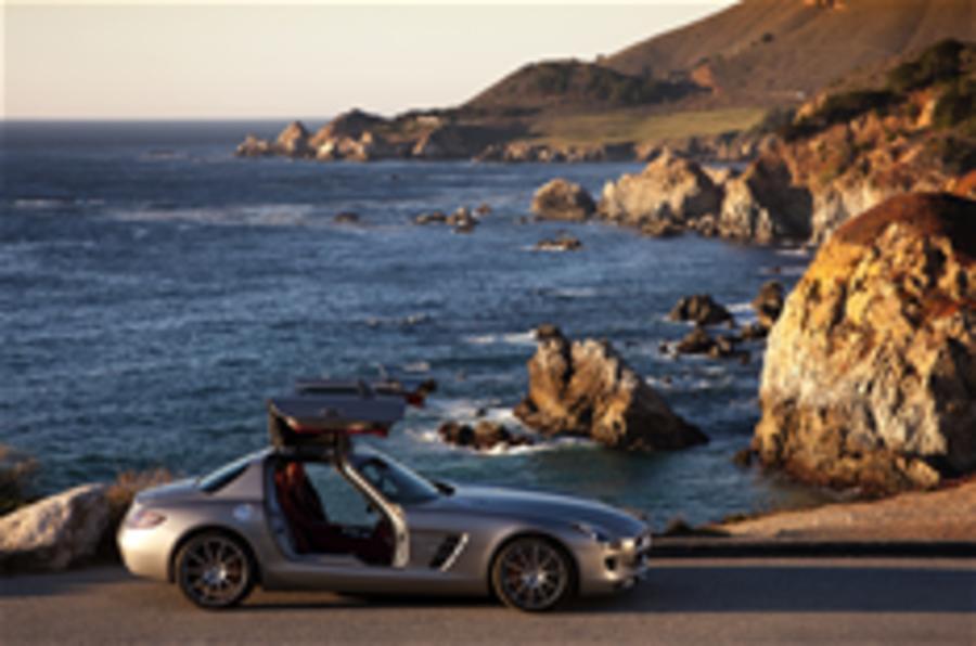 Mercedes SLS on location pics