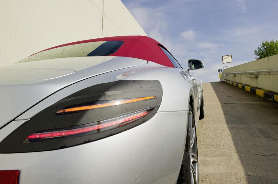 Mercedes shows SLS Roadster