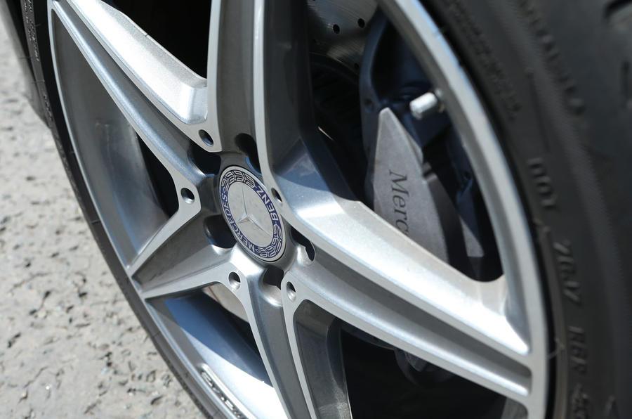 Mercedes-Benz C-Class 18in alloys