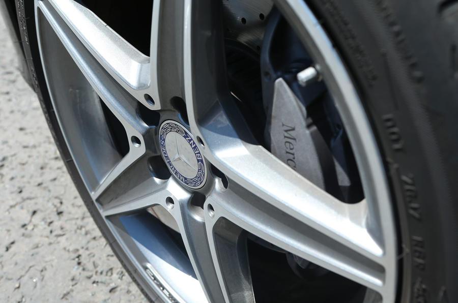 Mercedes-Benz C-Class 18in alloys