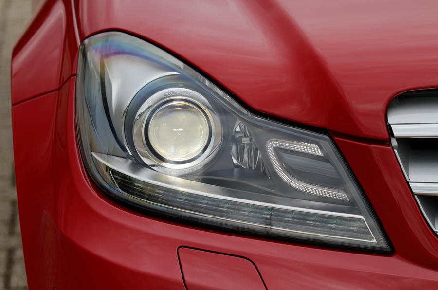 Mercedes-Benz C-Class xenon headlight