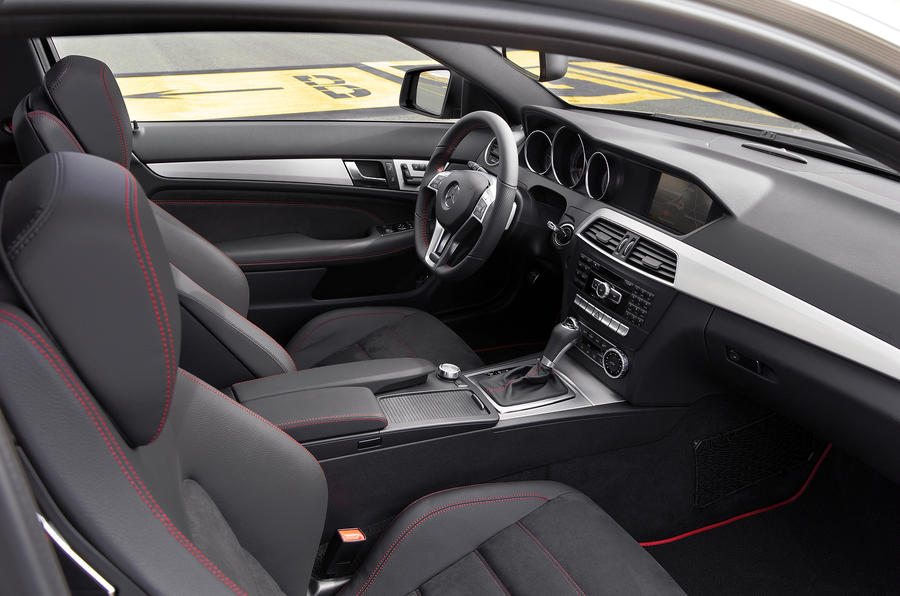 Mercedes c 250 blueefficiency coup sport engineered by for Mercedes benz c300 red interior