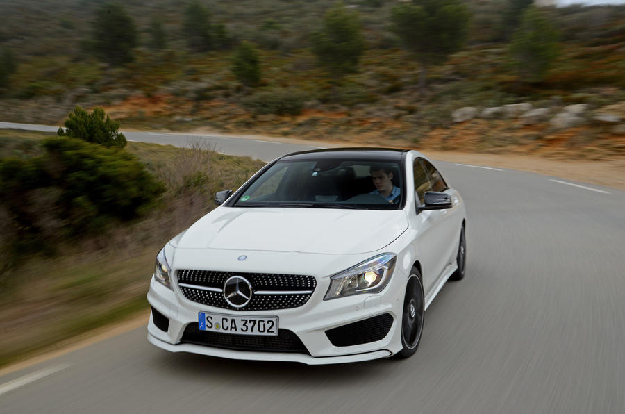 Mercedes-Benz CLA front end