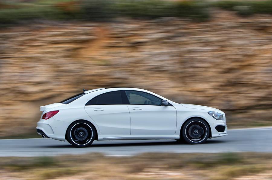 Mercedes-Benz CLA 220 CDI side profile