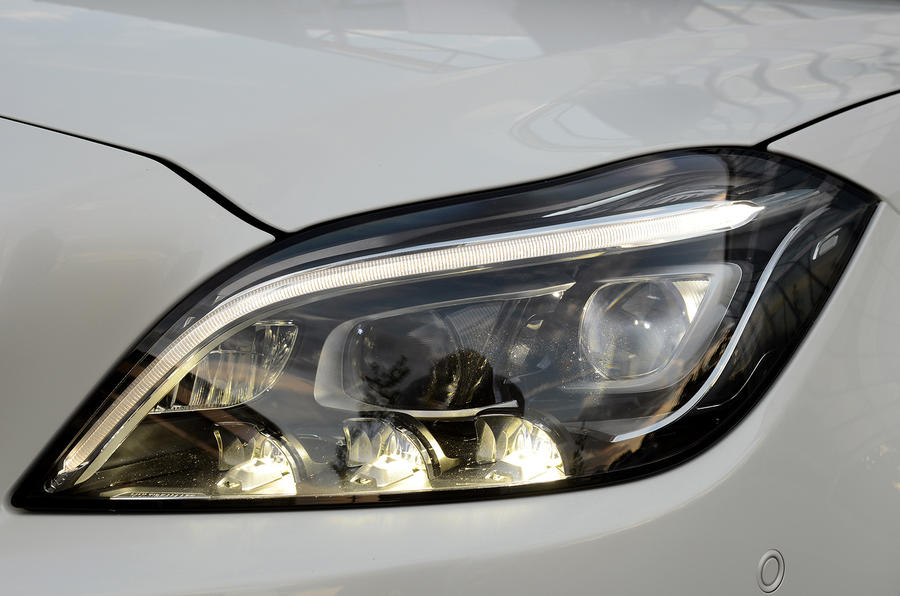 Mercedes-Benz CLS 350 headlights