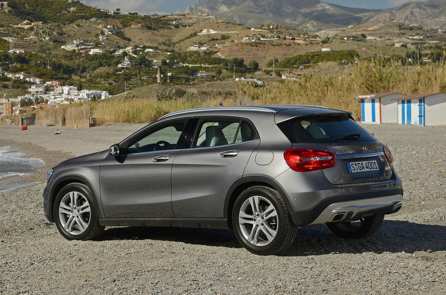 Manual Transmission >> Mercedes-Benz GLA200 CDI first drive