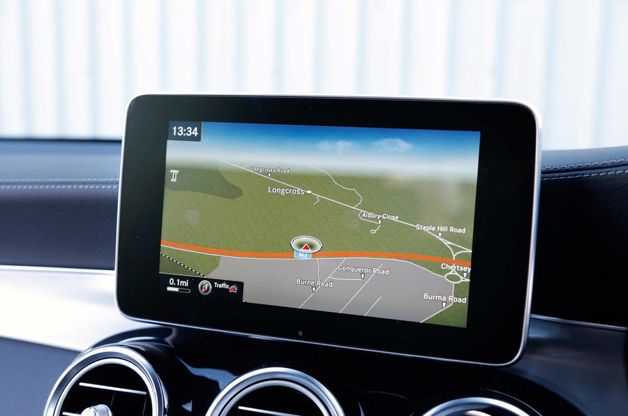 Mercedes-Benz GLC infotainment screen