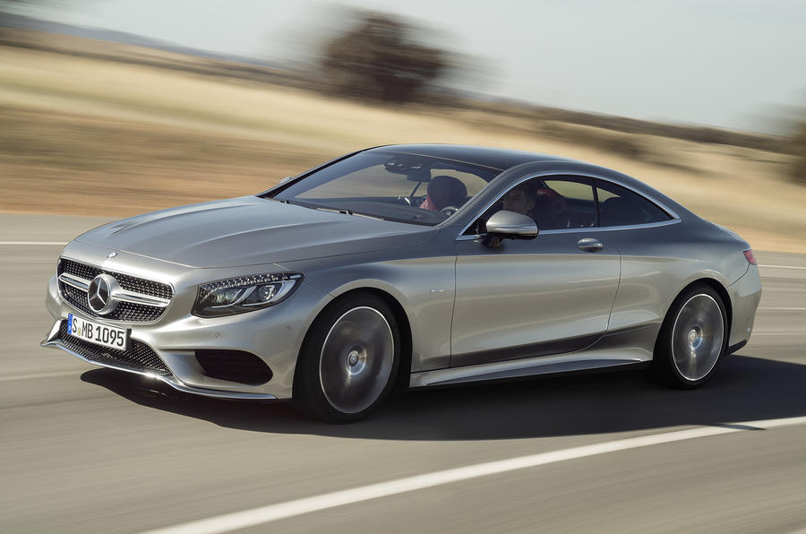 Mercedes-Benz S 500 Coupe 4Matic cornering
