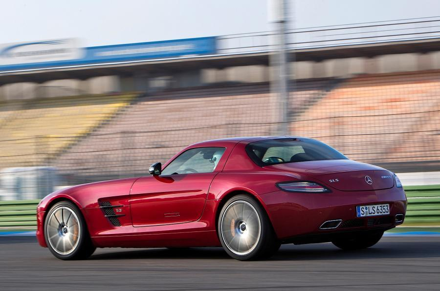 Mercedes-AMG SLS GT rear cornering