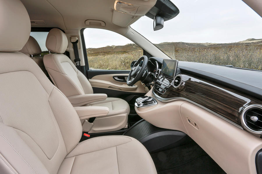Mercedes V250 BlueTec interior