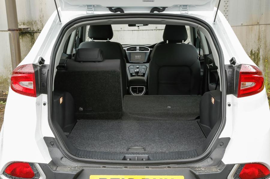 Hyundai Accent Mpg >> MG GS Review (2016) | Autocar