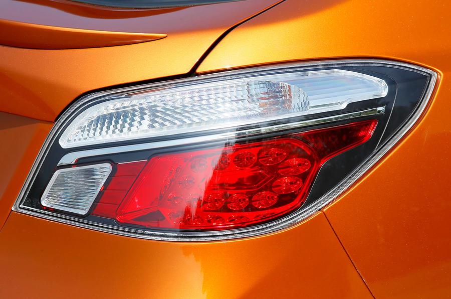 MG6 rear lights