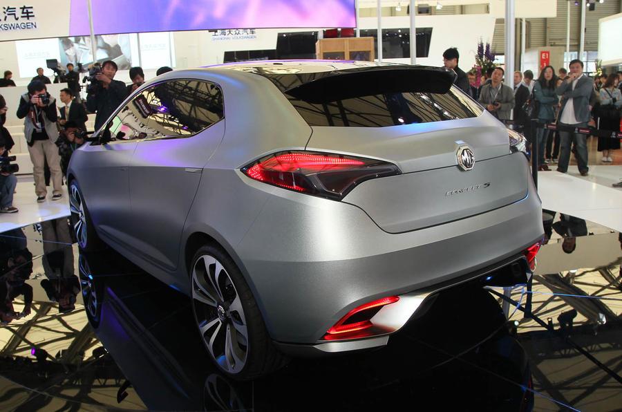 mg mg5 cars production shanghai motor saic autocar focus near mid revealed carguideblog database auto