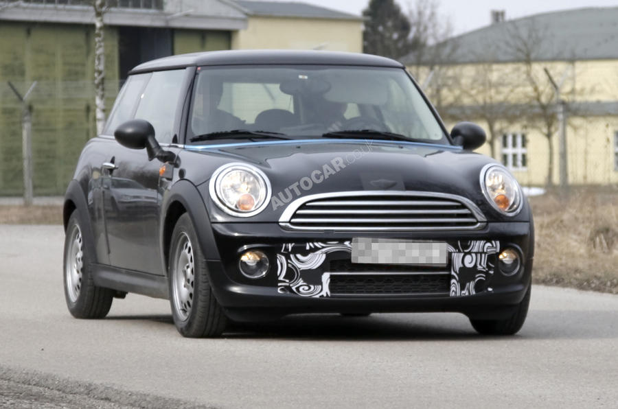 Facelifted Mini spied