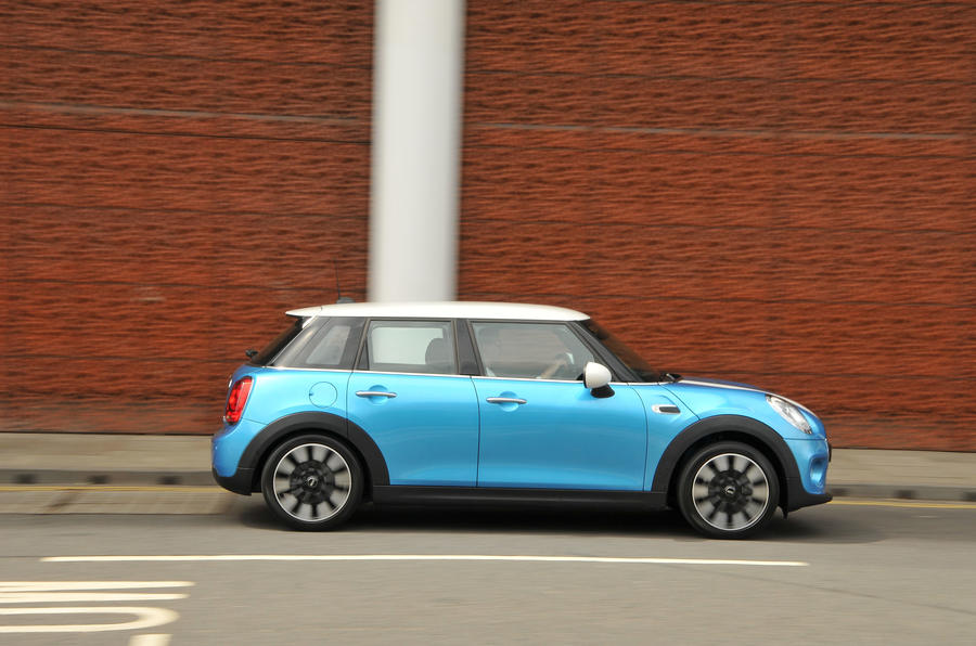 Mini Cooper side profile