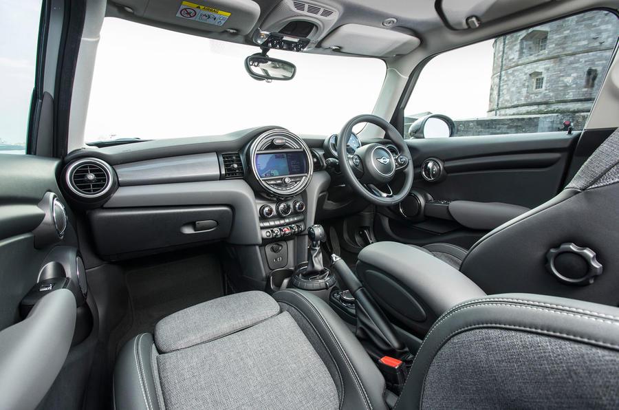 Mini Cooper D front seats