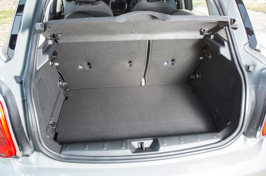 Mini Cooper D boot space