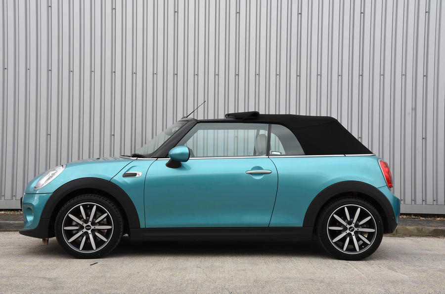 Mini Convertible opened sunroof