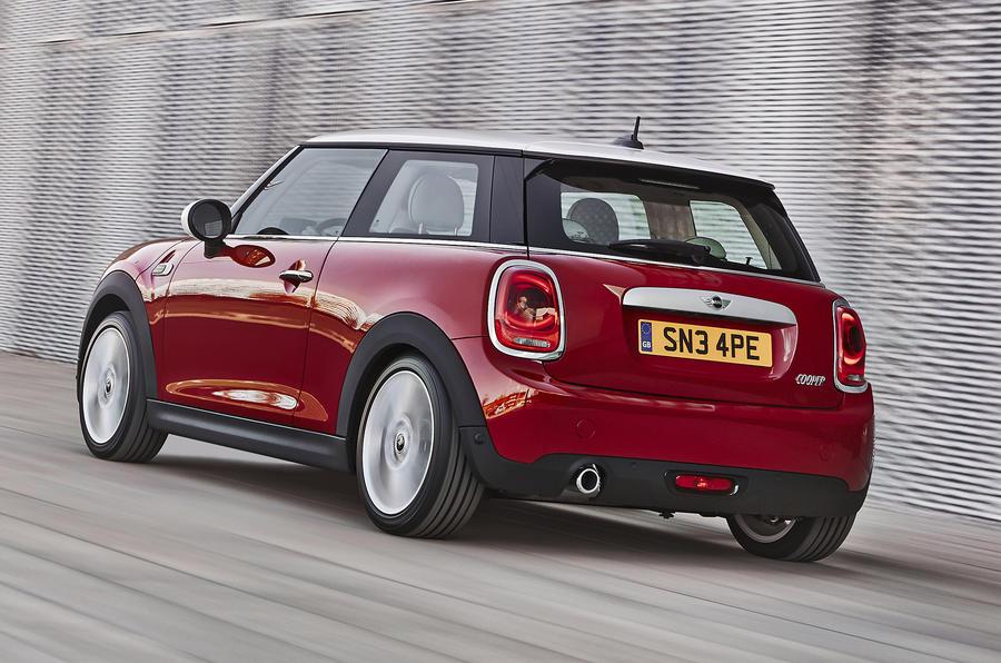£16,750  Mini Cooper