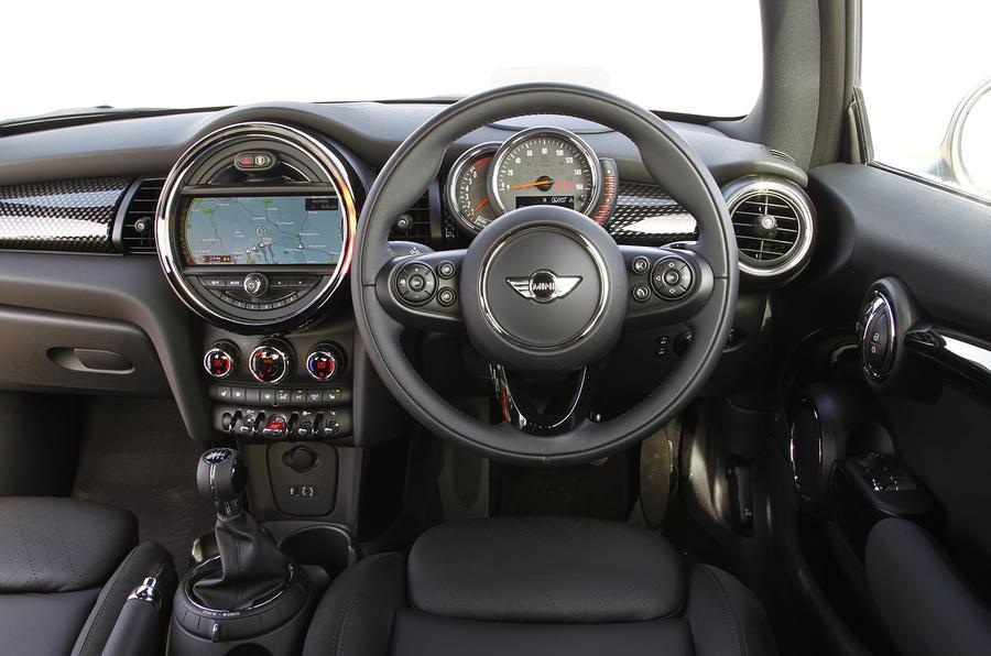 Mini Cooper S dashboard