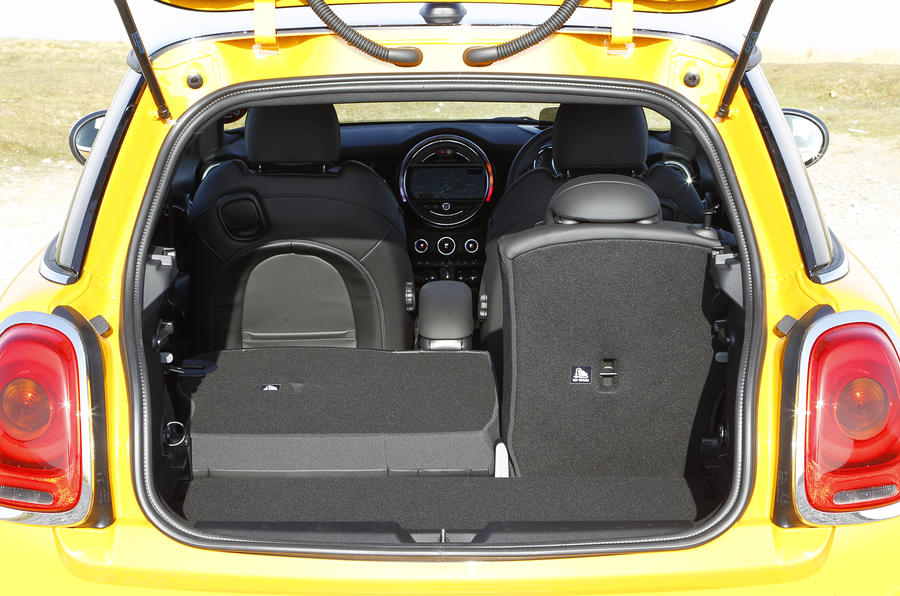 Mini 3 Door Hatch 2019 Review Autocar