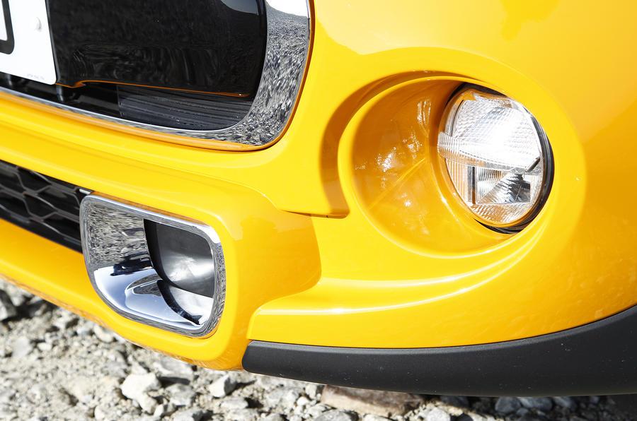 Mini Cooper S front air intake