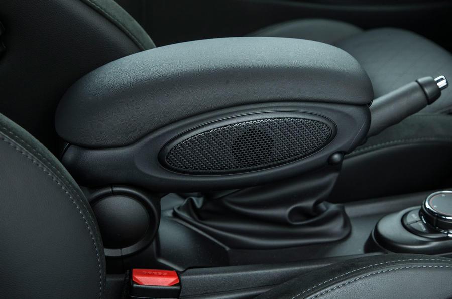 Mini Cooper S Works 210 armrest