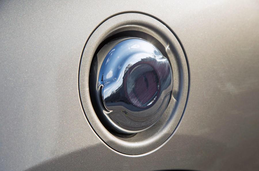 Mini Cooper S Works 210 chrome fuel cap