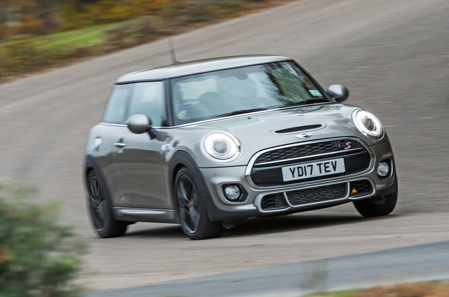 Mini Cooper S Works 210 cornering