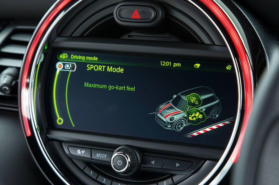 Mini Cooper S Works 210 driving modes
