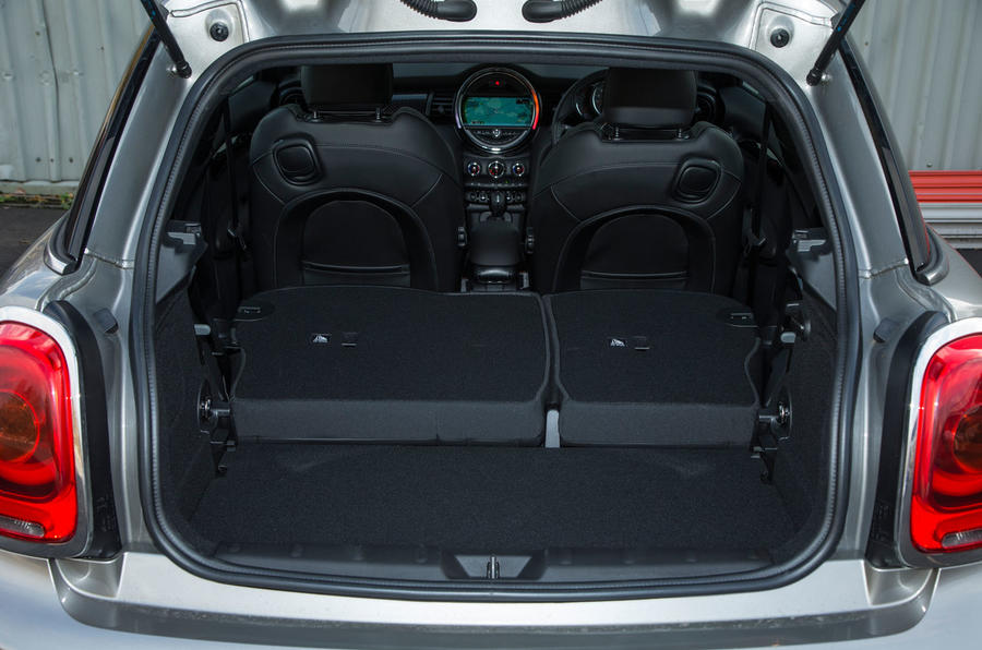 Mini Cooper S Works 210 extended boot space