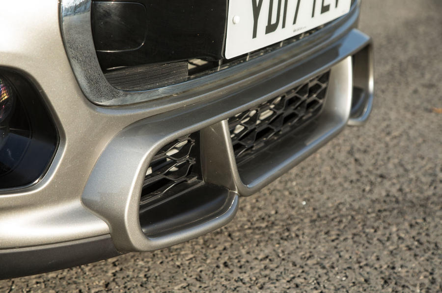 Mini Cooper S Works 210 front bumper