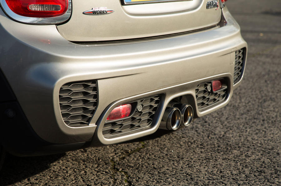 Mini Cooper S Works 210 rear bumper