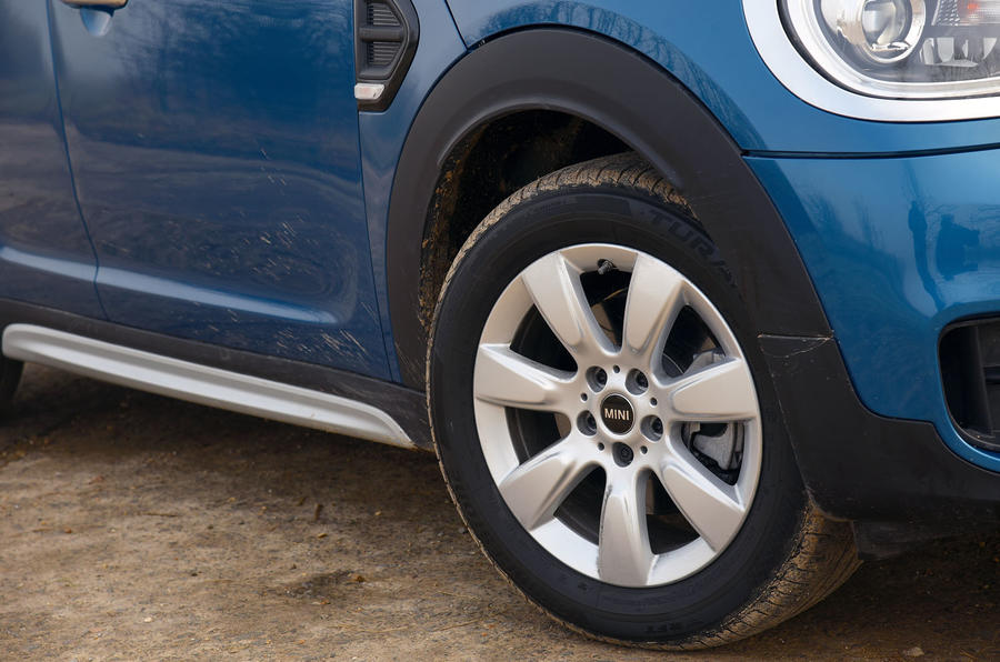 16in Mini Countryman alloy wheels
