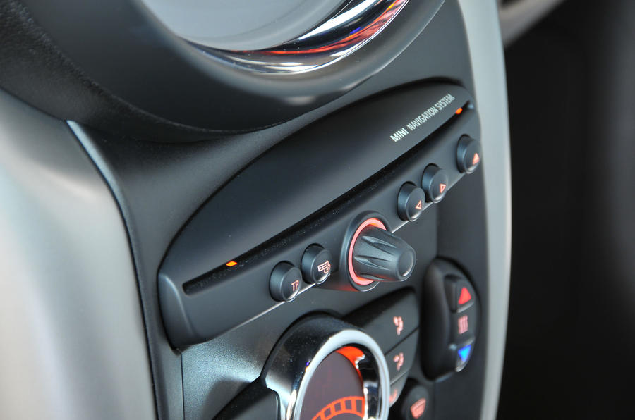 Mini Countryman CD player