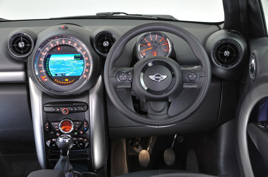 Mini Countryman 2010 2017 Interior Autocar