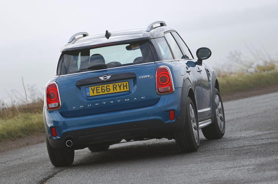 Mini Countryman rear cornering