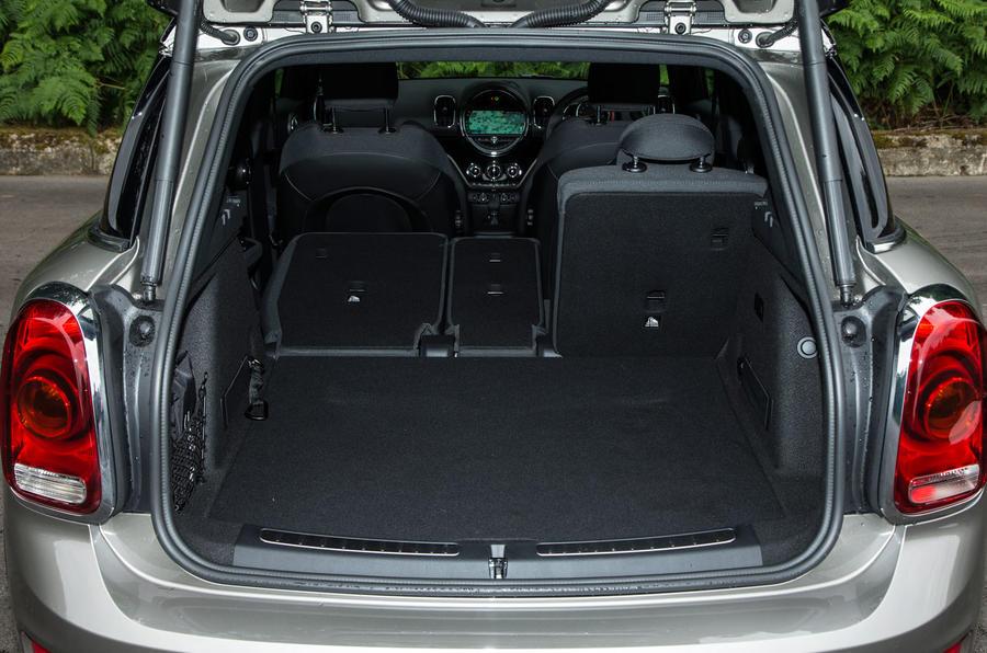 Mini Countryman S E All4 seating flexibility
