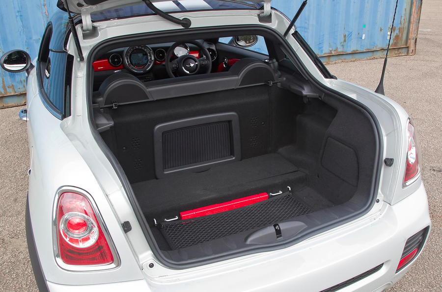 Mini Coupé boot space