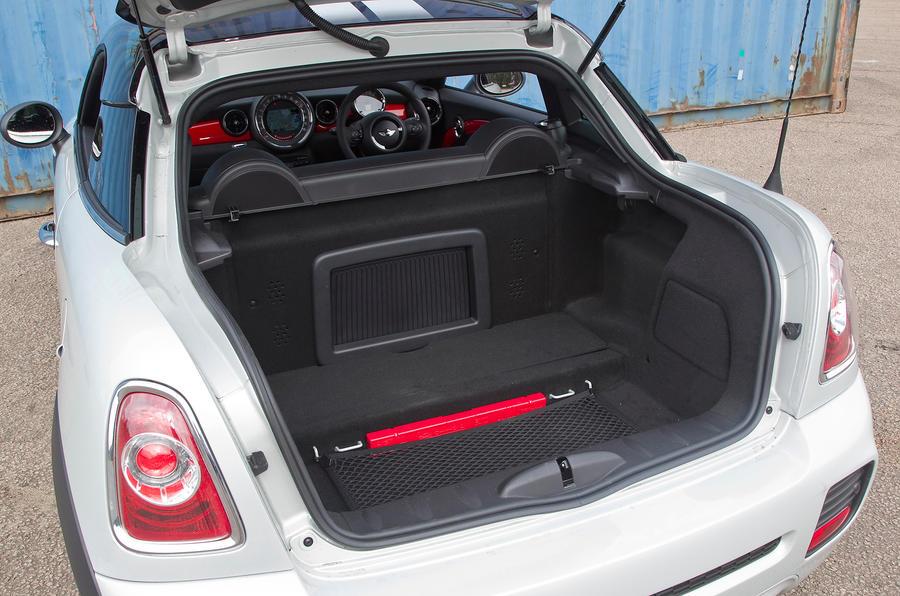 Mini Coupé boot space